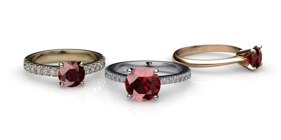 Betelgeuse. Prong-set almandine garnet solitaire ring