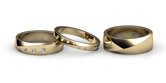 Fusion. Burnish-set yellow gold wedding ring