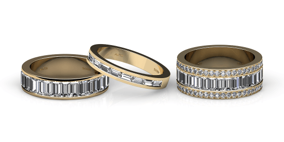 Venice. Channel-set baguettes yellow gold wedding ring