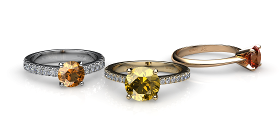 Betelgeuse. Prong-set citrine solitaire ring