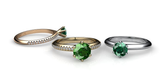 Stella. 6 prongs solitaire green toumaline ring