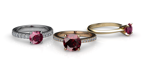 Betelgeuse. Prong-set rhodolite garnet solitaire ring