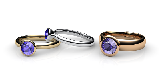 Melody. Bezel set tanzanite ring