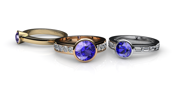 Venice. Bezel set tanzanite ring
