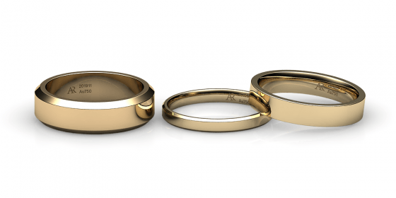 Tango. Flat wedding band in yellow gold