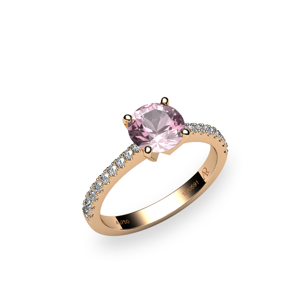 Betelgeuse. Prong-set morganite solitaire ring