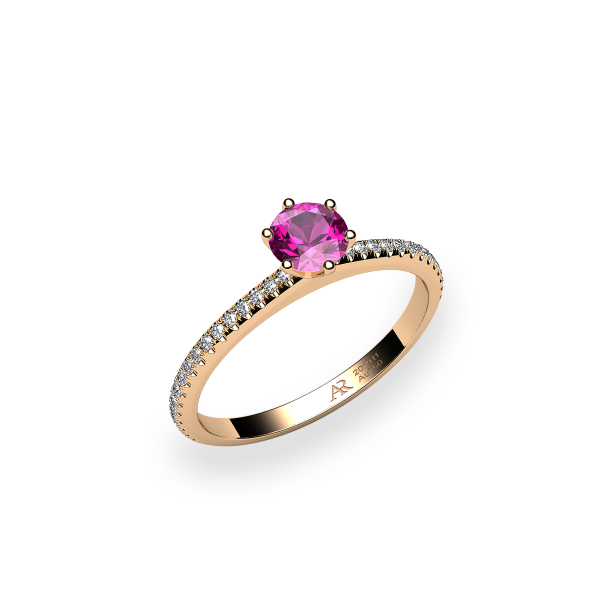 Stella. 6 prongs solitaire pink sapphire ring